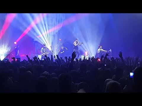 Hollywood Undead  - Heart of a Champion (feat. Papa Roach & INK) live in Hannover 10.03.2020