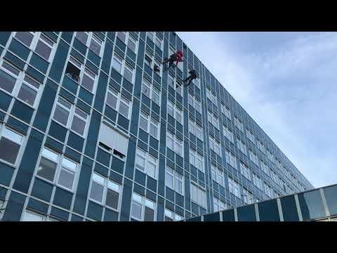 Wideo1: Mikołaj w leszczyńskim szpitalu