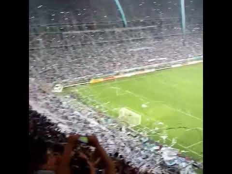Recibimiento de la torcida de Grêmio ante Botafogo por Copa Libertadores 2017 - Geral do Grêmio - Grêmio