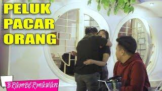 Video GOMBALIN CEWEK JAKARTA ADA GEBETANNYA CUY DI SEBELAH - BRAM DERMAWAN MP3, 3GP, MP4, WEBM, AVI, FLV April 2019