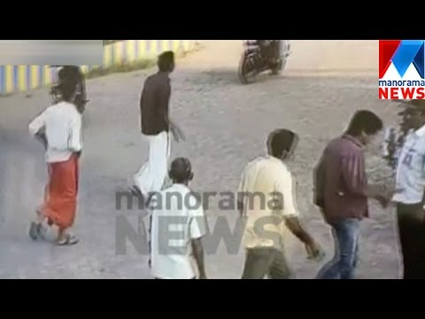 Video Gunda attack in Kochi ; Police fails to ensure proper probe    Manorama News download in MP3, 3GP, MP4, WEBM, AVI, FLV January 2017