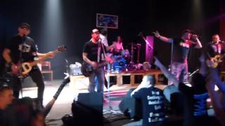 "Video De Bill Heads - ""Dovolená s Elvisem"" /Koncert pro Bakču 31.1.201"