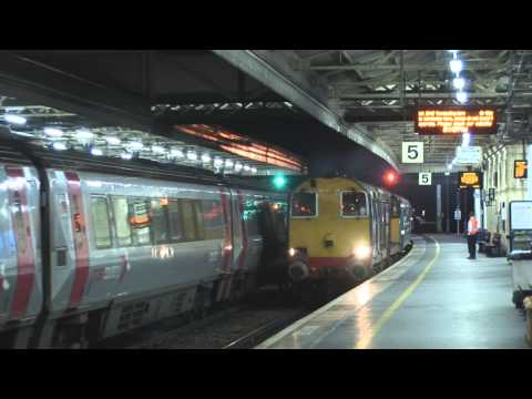 DRS 20305 & 20308 at Exeter St Davids with 'The Torbay Fl...