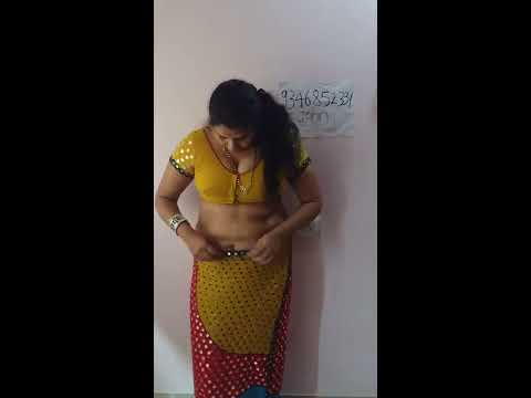 Video Hot Aunty Shows Everything In Webcam download in MP3, 3GP, MP4, WEBM, AVI, FLV January 2017