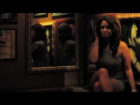 Tekst piosenki The Game - Pushin' It  Feat. T.I. & Robin Thicke po polsku