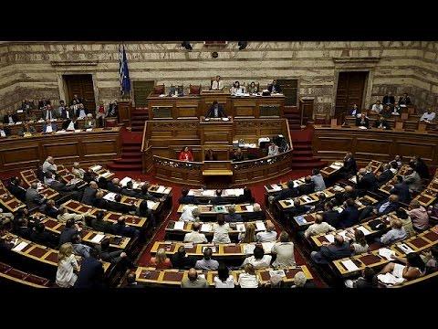 Οριακά ενισχυμένη η κυβέρνηση – Παραμένει το ρήγμα στον ΣΥΡΙΖΑ