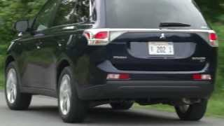 2014 Mitsubishi Outlander GT - Drive Time Review With Steve Hammes