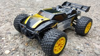 Get this awesome off-road RC car here: http://amzn.to/2uyMKar