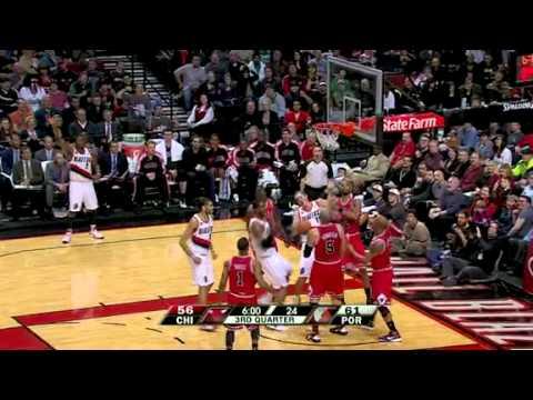 LaMarcus Aldridge's hustle play against the Bulls
