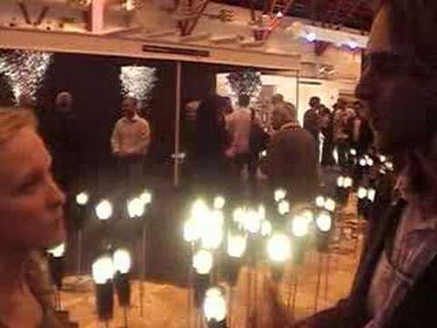 0 Greenpeace lança primeira lâmpada econômica com dimer | 100% Design Londres