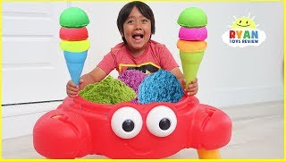 Video Ryan Pretend Play Selling Ice Cream Sand Toy from Crab Shop!!! MP3, 3GP, MP4, WEBM, AVI, FLV Juni 2019