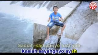 Fadly - Rindu Disayang Ayah [Official Music Video]