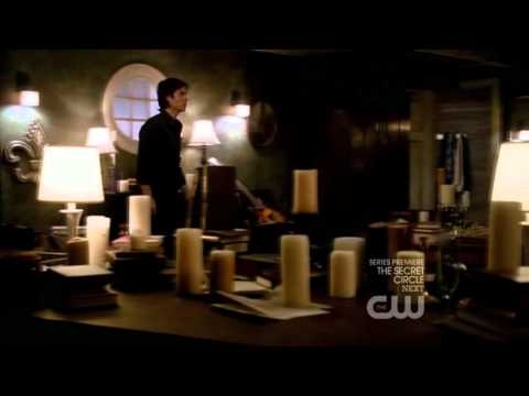 "The Vampire Diaries - 3x01 - ""A drop in the ocean"" scenes"