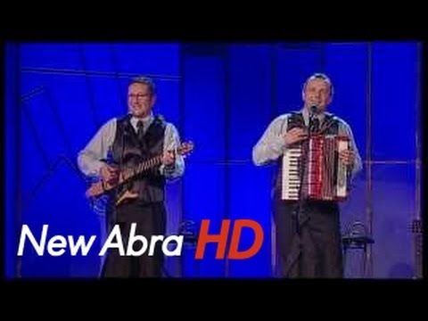 Tekst piosenki OT.TO - Lambaluna po polsku