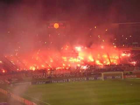 Loucura! Entrada em campo Inter x Estudiantes final Sulamericana 2008 - Guarda Popular do Inter - Internacional - Brasil - América del Sur