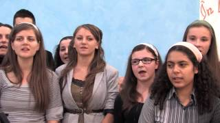 Tinerii – Sa-L laudam pe Cel venit de sus