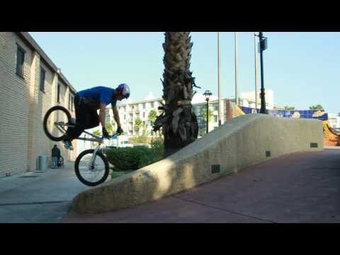 Kenny Belaey Freestyle Bike Trial Riding