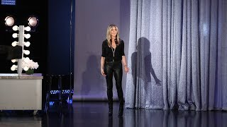 Video Jennifer Aniston Drops By to Wish Ellen a Happy Birthday in Person! MP3, 3GP, MP4, WEBM, AVI, FLV Oktober 2018
