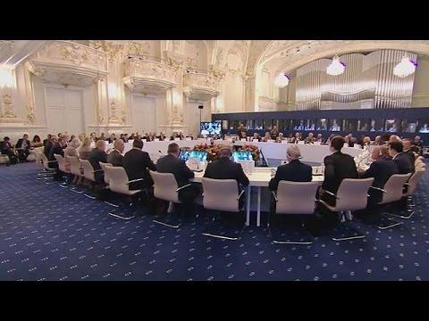 Βρετανικό «όχι» σε Ευρωστρατό-Ευρωστρατηγείο