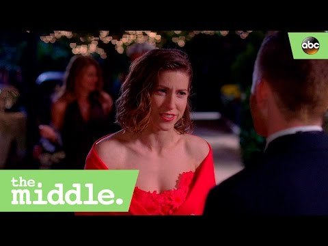 Sue Realizes She Likes Sean Donahue - The Middle 8x17