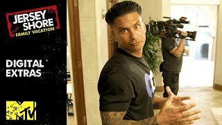 Video Pauly D's Inside Look at the Miami Mansion 💪 | Jersey Shore: Family Vacation | MTV MP3, 3GP, MP4, WEBM, AVI, FLV Juli 2018