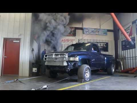 Rollin' Coal – Watch the smoke produced by this Cummins