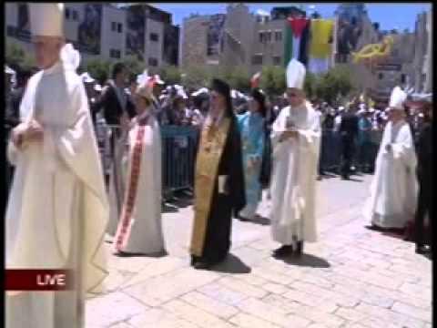 Le pape à Bethléem et l'appel du muezzin