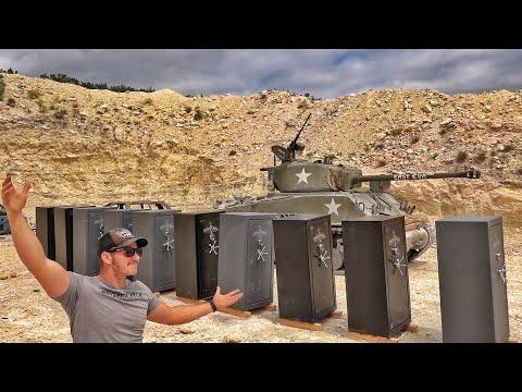 Танк против оружейных шкафов-сейфов