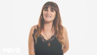 Rozalén con Estopa - Vivir (Lyric Video)