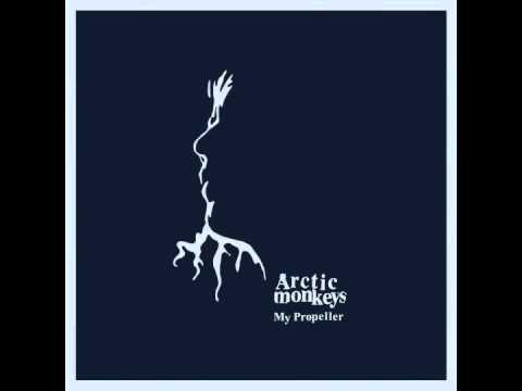 Arctic Monkeys - Joining The Dots lyrics