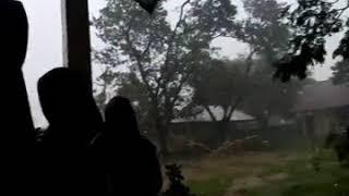 Hujan di SMAN 1 BONTOMARANNU