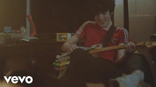 Declan Mckenna's 'Paracetamol' video is released