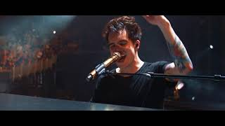 Video Panic! At The Disco - Bohemian Rhapsody [Live from the Death Of A Bachelor Tour] MP3, 3GP, MP4, WEBM, AVI, FLV Juli 2018