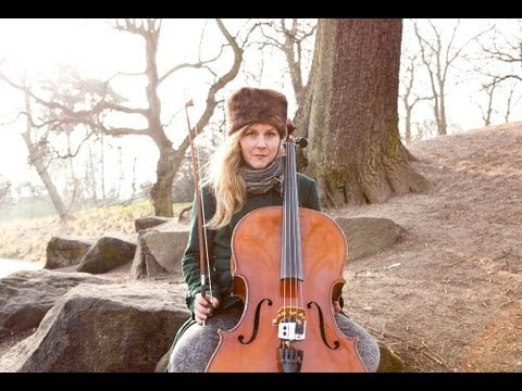 405tv Session: Linnea Olsson - 'Dinosaur'