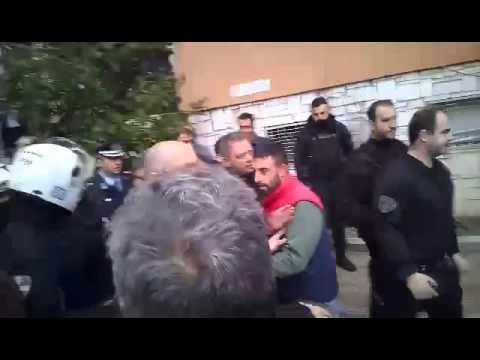 Video - Ένταση στην Κοζάνη με βουλευτές του ΣΥΡΙΖΑ και αγρότες