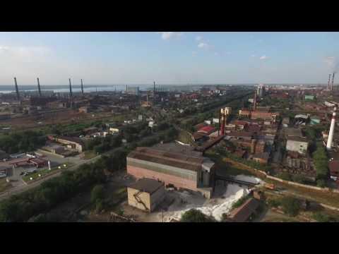 Житель Запоріжжя за допомогою безпілотника зняв викиди заводів
