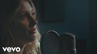 Watch: Ella Henderson – Yours (RAK Studios Sessions) + X Factor Australia performance