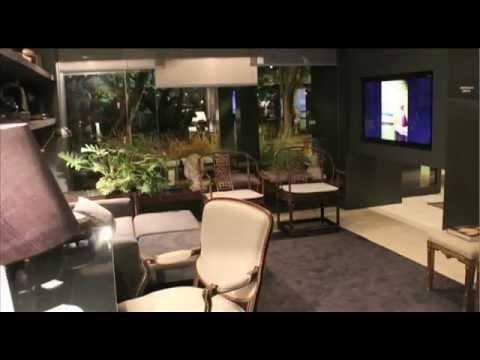 Claudia Couto apresenta apartamento decorado em Florianópolis.