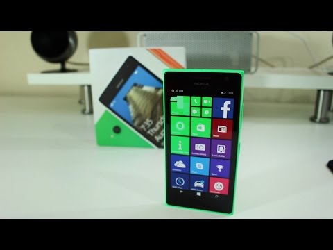 Nokia Lumia 735 unboxing and first impressions