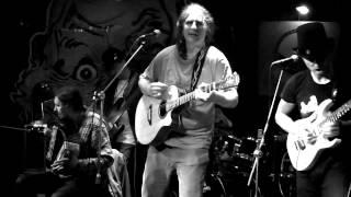 Video Staré černé desky, Hudební Bazar
