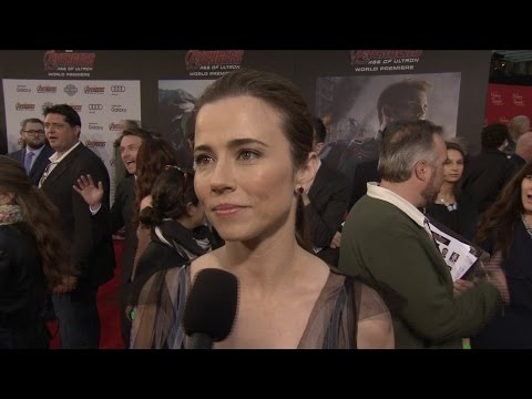 "Linda Cardellini on Marvel's ""Avengers: Age of"