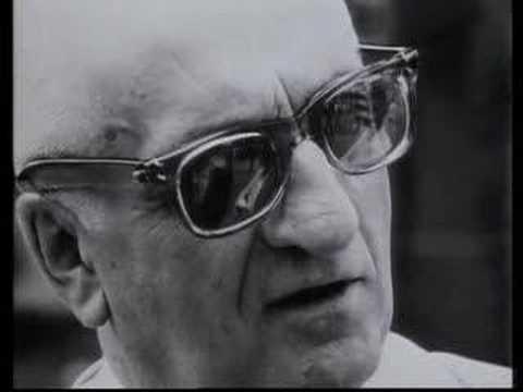 Entrevista al legendario Enzo Ferrari