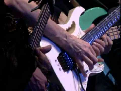 Eric Sardinas & Steve Vai  - The Attitude Song (HQ)