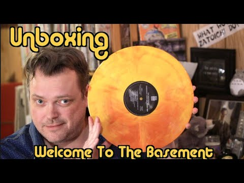 Starburst Vinyl | Unboxing | Welcome To The Basement