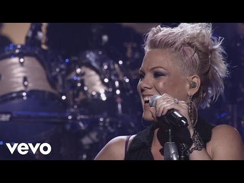 P!nk - Try (The Truth About Love - Live From Los Angeles)