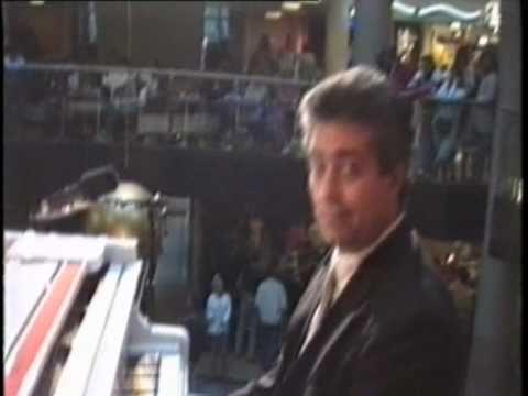 Ihsan Al-Mounzer - Tango Jalousie (видео)