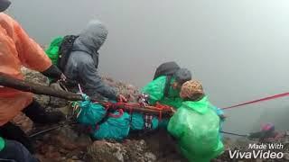Download Video Proses Evakuasi Korban di Gunung Raung Banyuwangi 4/5-2-2018 MP3 3GP MP4