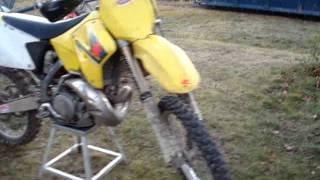 10. 08 Suzuki RM250 cold start & info