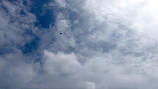 【4K】Panasonic FZ1000 夏の空と飛行機のタイムラプス撮影(2015年8月16日)