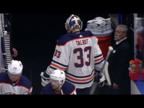 Video: Oilers' Talbot pulled after allowing two goals on three shots